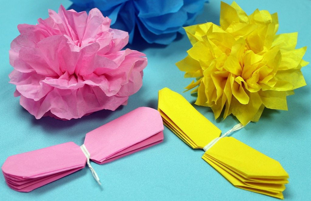 How to Make Tissue Paper Flowers – An Inexpensive Way To Spruce Up Your Home