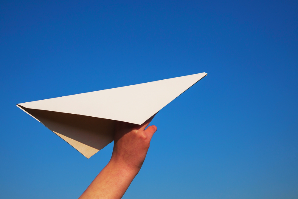 How To Make The Best Paper Airplane – Be Creative!
