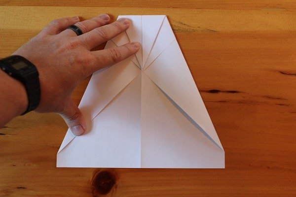 making the best paper airplane