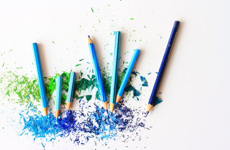 blue pencil colors
